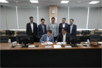 signing-with-samsung